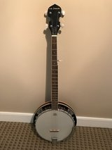 5 String Banjo in Quantico, Virginia