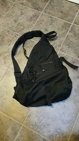 Gap shoulder bag/backpack in Travis AFB, California