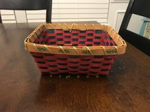 Reduced: Christmas Basket (no handles) in Sugar Grove, Illinois