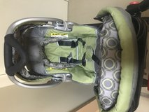 Baby trend car seat and stroller set in Okinawa, Japan