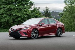 2018 Toyota Corolla's & Camry have made it! in Geilenkirchen, GE