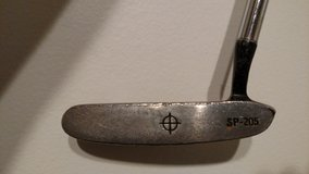Titleist Dead Center SP-205 RH Putter in St. Charles, Illinois