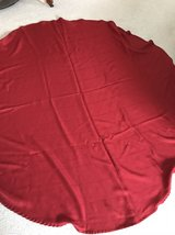 red round tablecloth in Pleasant View, Tennessee