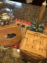 Longaberger Tissue box with lid in Chicago, Illinois