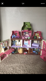 3 story doll house in Fort Bliss, Texas