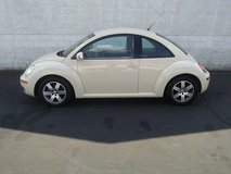 2006 Volkswagen New Beetle in Fort Campbell, Kentucky