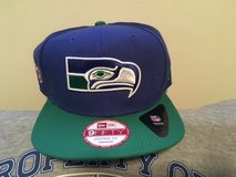 "SEATTLE SEAHAWKS New Era Historic ""OLD SCHOOL"" Logo Snapback Adjustable Hat *** NEW *** in Fort Lewis, Washington"