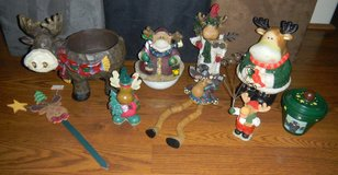Country Christmas Moose Decorations Lot Cookie Jar Bowl Pot Shelf Sitter Prim in Kingwood, Texas
