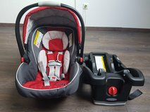 Graco Click Connect Carseat With Base in Fort Carson, Colorado