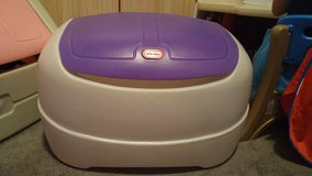 Little Tikes Toy Box in Clarksville, Tennessee