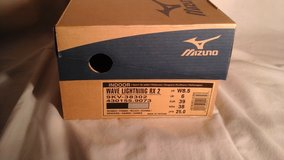 Mizuno Volleyball Shoes in Elgin, Illinois