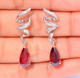 New - Dainty Garnet Swirl Earrings in Alamogordo, New Mexico