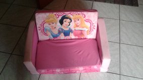 Beautiful Princess Kids Couch & Bed in Ramstein, Germany