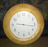 Wall clock round light oak color battery operated in Joliet, Illinois