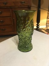70's Green Crinkle Glass Vase in Clarksville, Tennessee