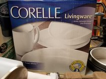 REDUCED!!NEW IN BOX CORELLE DINNERWARE/SERVICE FOR 4 in Silverdale, Washington