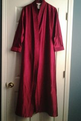 Ladies Wine Robe in Eglin AFB, Florida