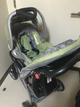 Baby trend flex loc car seat and stroller in Okinawa, Japan