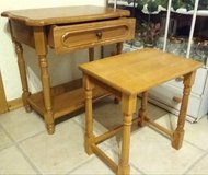 Little side antique table and stuhl in Baumholder, GE