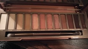 Urban Decay Naked Heat pallet in Fort Campbell, Kentucky