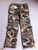 BRAND NEW!! Men's Retro Cargo Pants in Stuttgart, GE