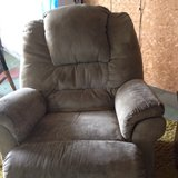 recliner in Fort Polk, Louisiana
