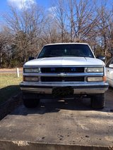96 Chevy 4x4 Extended Cab in Fort Leonard Wood, Missouri
