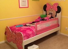 Minnie Mouse Kids/ Child's Twin bed - like NEW in Spring, Texas