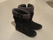 Winter boots  for kids size 35 in Stuttgart, GE