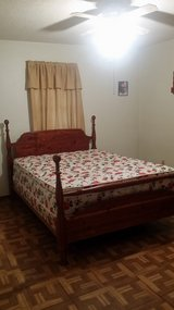 Solid Wood Four Post Bed Queen Size in Fort Polk, Louisiana