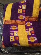 LAKERS TWIN SIZE QUILT excellent condition in 29 Palms, California