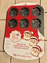 Wilton Elf on the Shelf Non-Stick Elf Cookie Pan 12 Christmas Cookies in Travis AFB, California