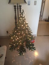 """Christmas Tree Lithed 4'5"""" in Okinawa, Japan"""