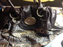 D&G purse in Fort Leonard Wood, Missouri