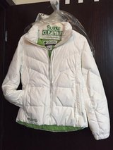 Beautiful White Columbia Down Coat - Womans Small in Quad Cities, Iowa