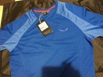 Unused Salewa Running T Shirt in Stuttgart, GE