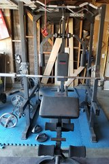 Weight set with weights in Fairfield, California