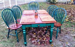 Wooden Dining Table&Chairs in Perry, Georgia