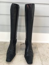 Women's Black Leather Boots - Size 8, Medium Heel in Chicago, Illinois