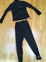 WOMEN'S HIND RUNNING OUTFIT in Westmont, Illinois