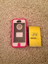 Otter Box Defender Series Case for iPhone 5/5S/SE in Chicago, Illinois