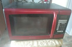 Like New Microwave in Fort Leonard Wood, Missouri
