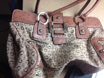 Guess purse in Fort Leonard Wood, Missouri