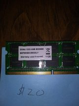 Memory card 4GB in Westmont, Illinois