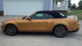 2010 Ford Mustang GT Premium Convertible - Garage Kept -Excellent Condition in Camp Lejeune, North Carolina