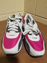 Nike Air Max Women Size 8 in Fort Campbell, Kentucky