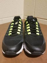 Nike Black/Gray/Lime Green Air Max in Fort Campbell, Kentucky