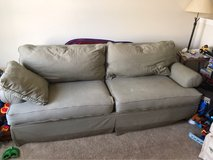 FREE COMFY COUCH in Chicago, Illinois
