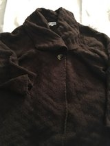 2x brown sweater in Naperville, Illinois