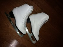 Ice Skates for girl/woman in Elgin, Illinois